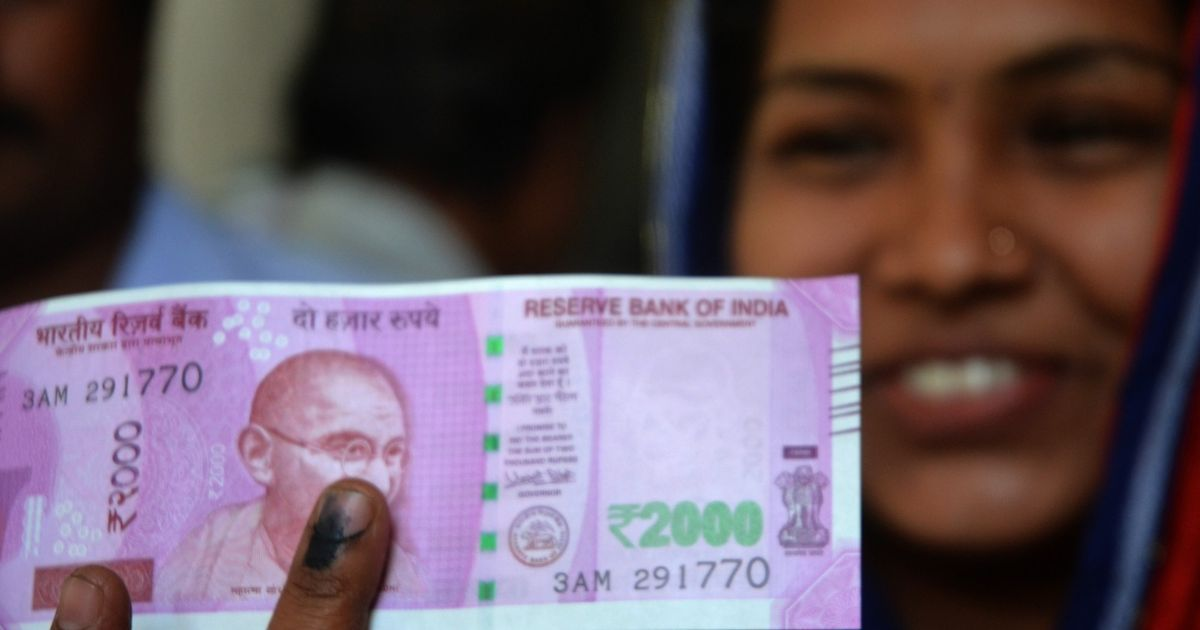 Demonetisation: When exactly did the RBI take the decision to issue new Rs 2,000 bank note?