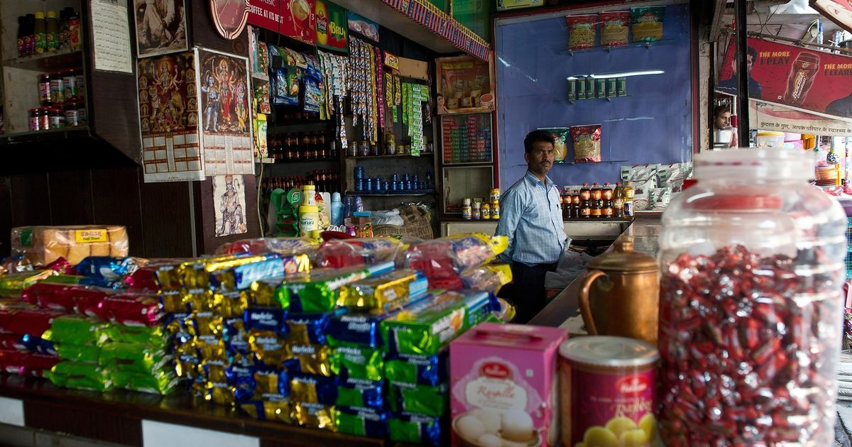 Kirana stores report 50%-60% losses because of notebandi, but many continue to support Modi's move
