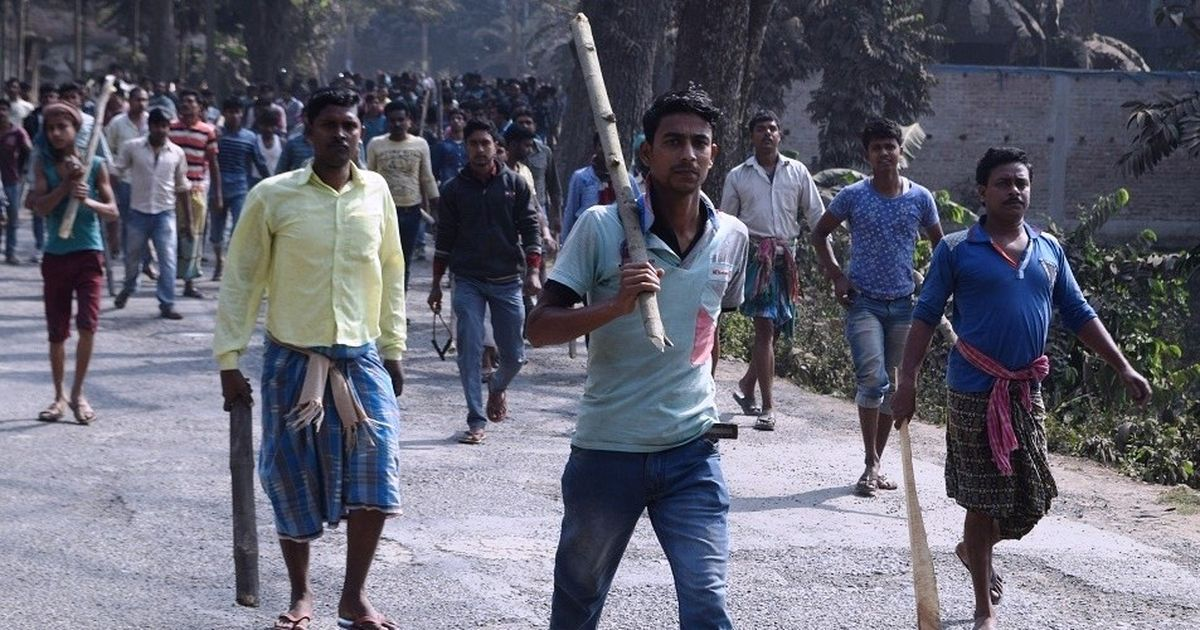 A land row brewing in Bengal may prove to be Mamata Banerjee's first big challenge