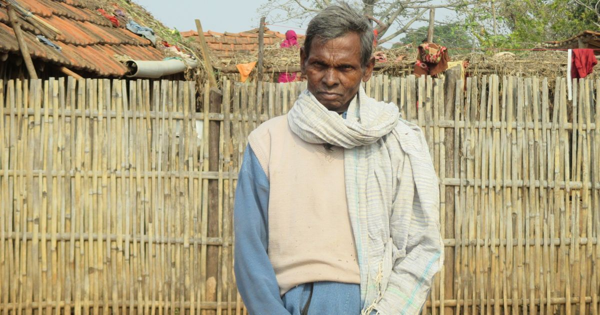 In a Jharkhand village, Adivasis have received bank cards – but not the education to read them
