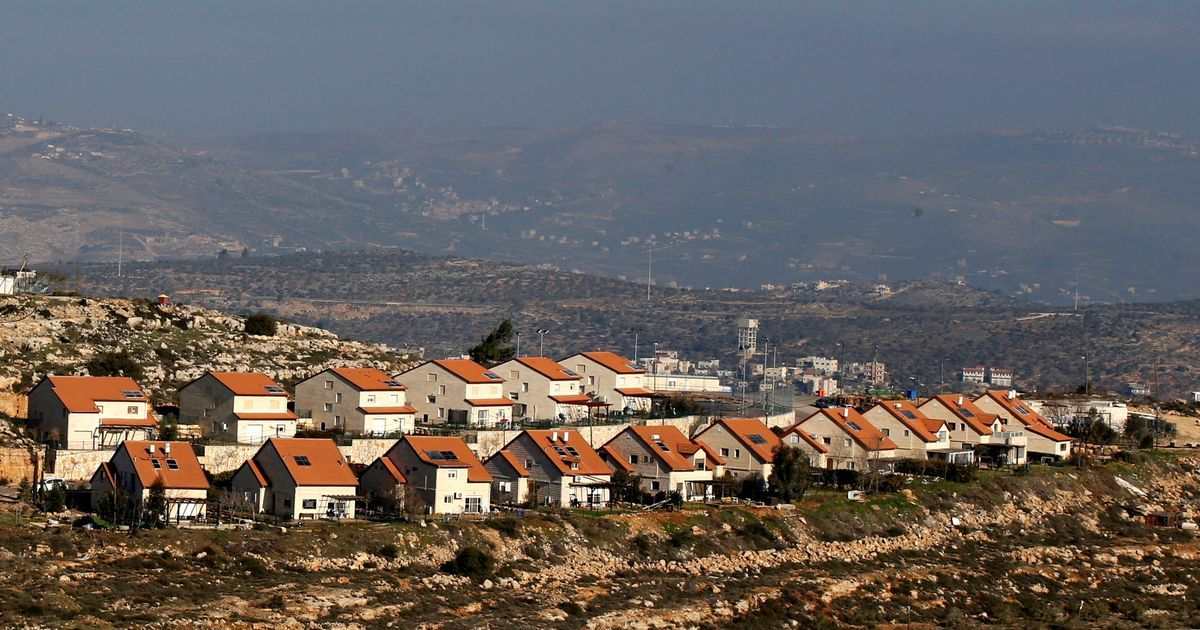 Israel passes law legalising settlement homes built on Palestinian land