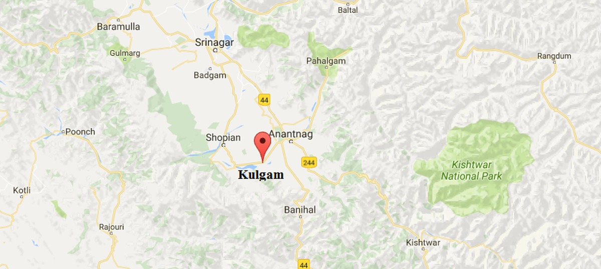 Two soldiers, four militants killed during encounter in Kashmir's Kulgam district