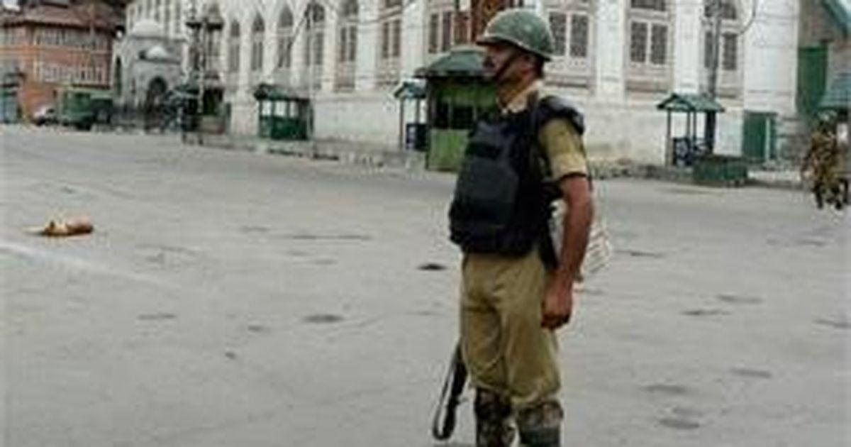 Kashmir: At least 21 protestors injured, curfew imposed after civilian deaths in Kulgam encounter