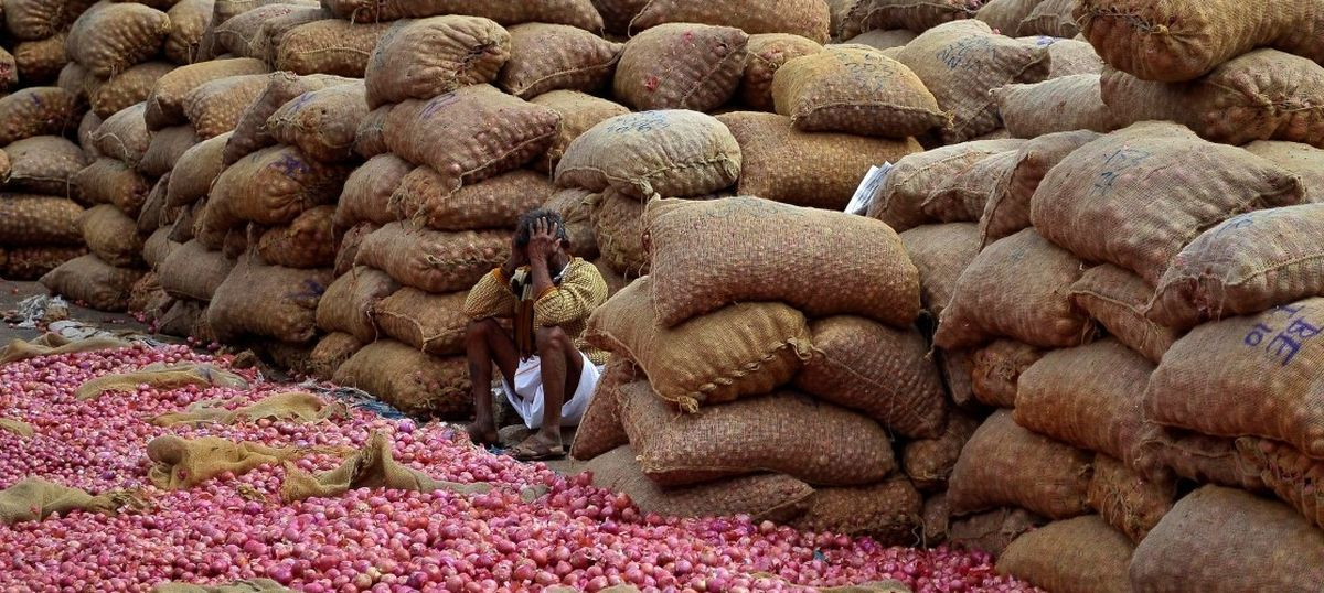 India's wholesale price inflation rises to 5.25% on the back of higher fuel rates