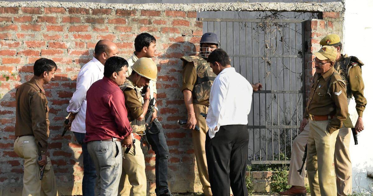 UP: Anti-Terror Squad corners suspected militant in Lucknow's Thakurganj area