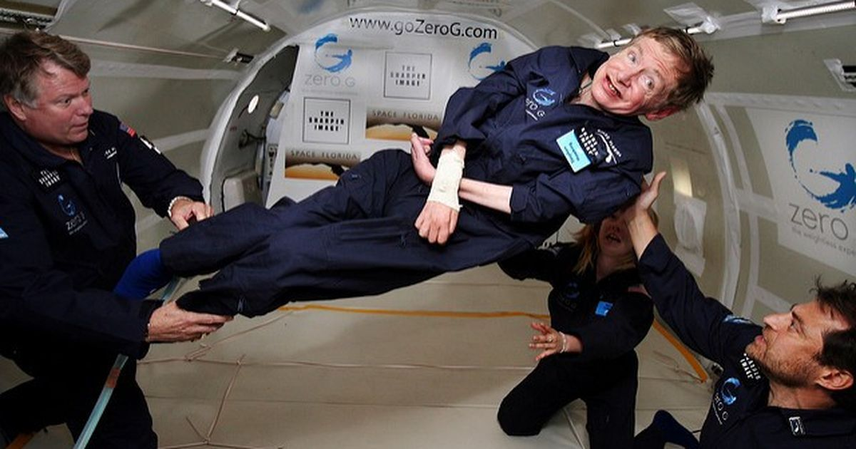 Stephen Hawking says he will travel to space on Richard Branson's Virgin Galactic