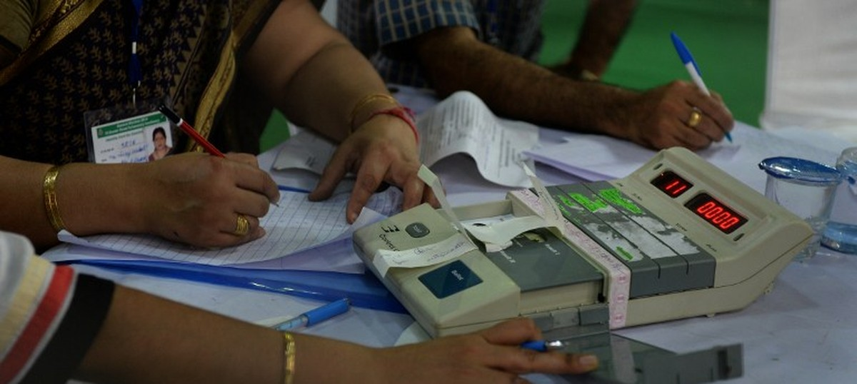 Madhya Pradesh: EC orders probe into reports that SP vote went to BJP during EVM demonstration