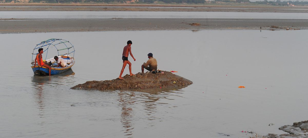 Uttarakhand HC issues legal notice to river Ganga soon after it is declared a 'living entity'
