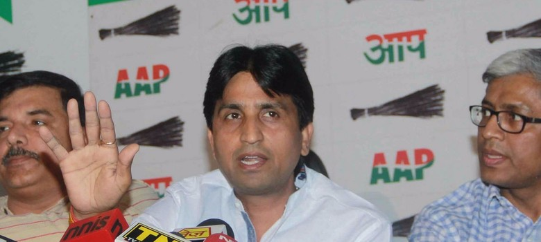 Some AAP leaders are conspiring against me, Kumar Vishwas says amid party infighting