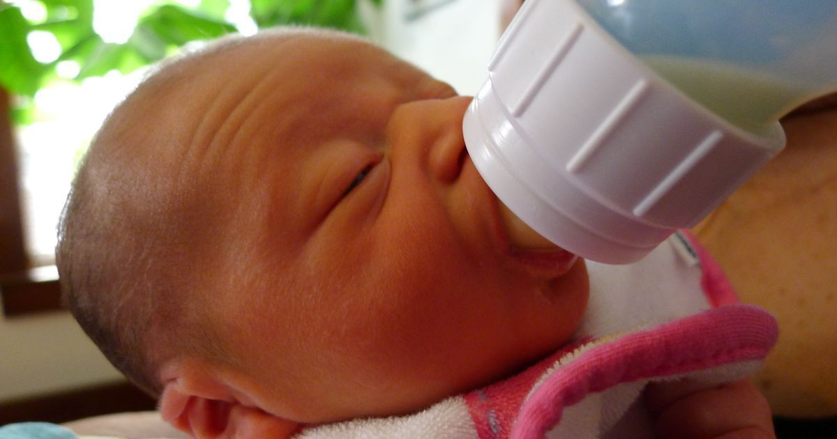 The nine months of pregnancy is the right time to start thinking about how to feed a baby
