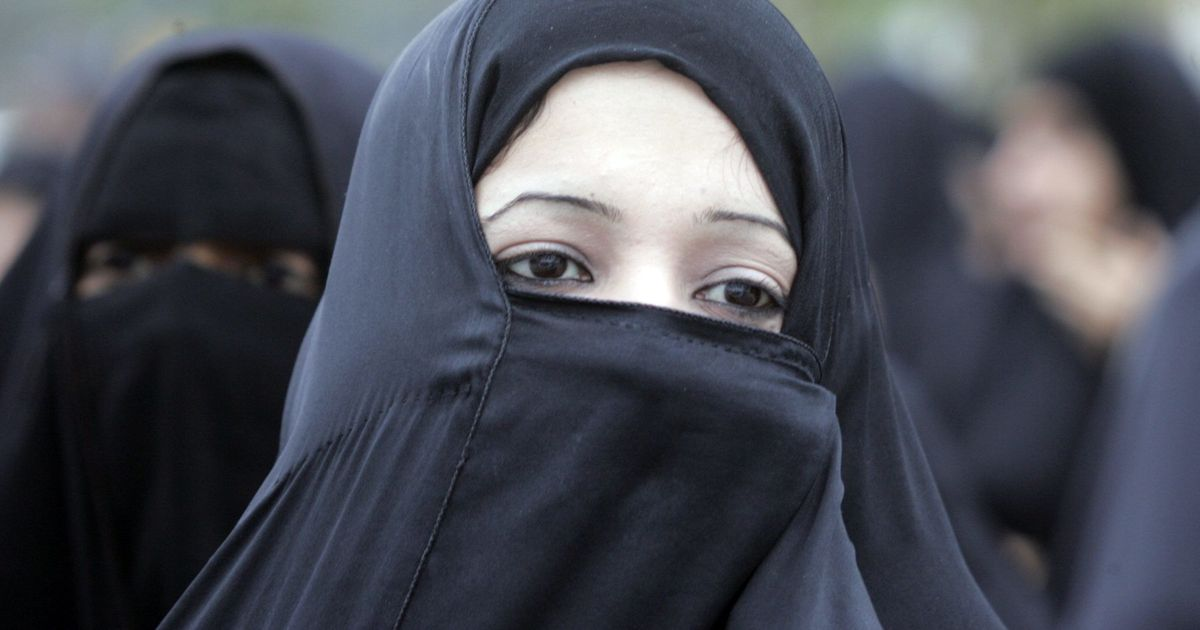 Can triple talaq be laid down in the Shariat if Muslim board has declared it sinful, asks SC