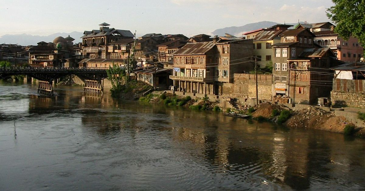 How traditional Kashmiri architecture was designed to withstand even severe tremors