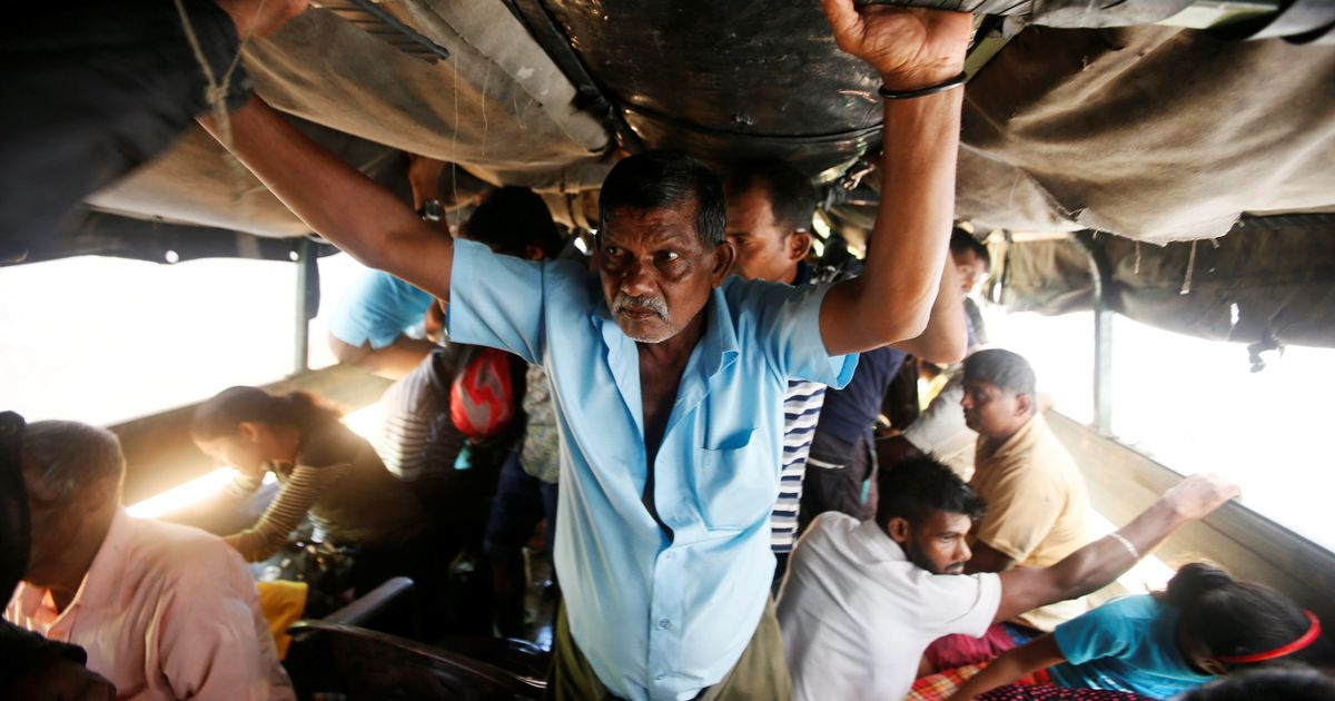 At least 146 killed, lakhs displaced as Sri Lanka is flooded for a second day