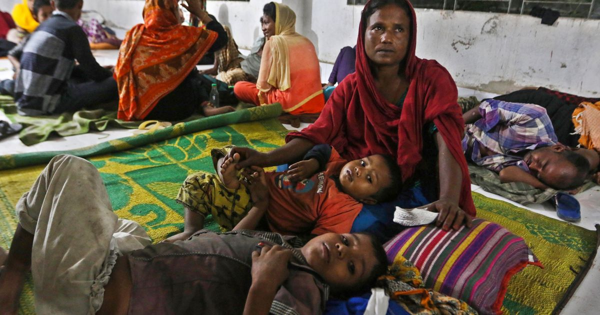 At least six killed as Cyclone Mora hits Bangladesh