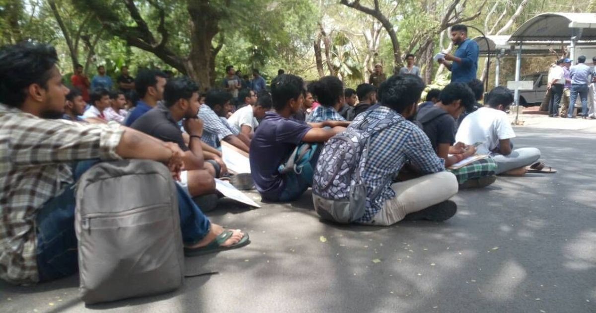 IIT Madras students protest against assault on PhD scholar who participated in beef fest