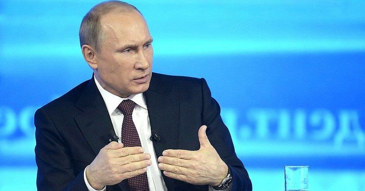 Vladimir Putin denies having compromising information on Donald Trump