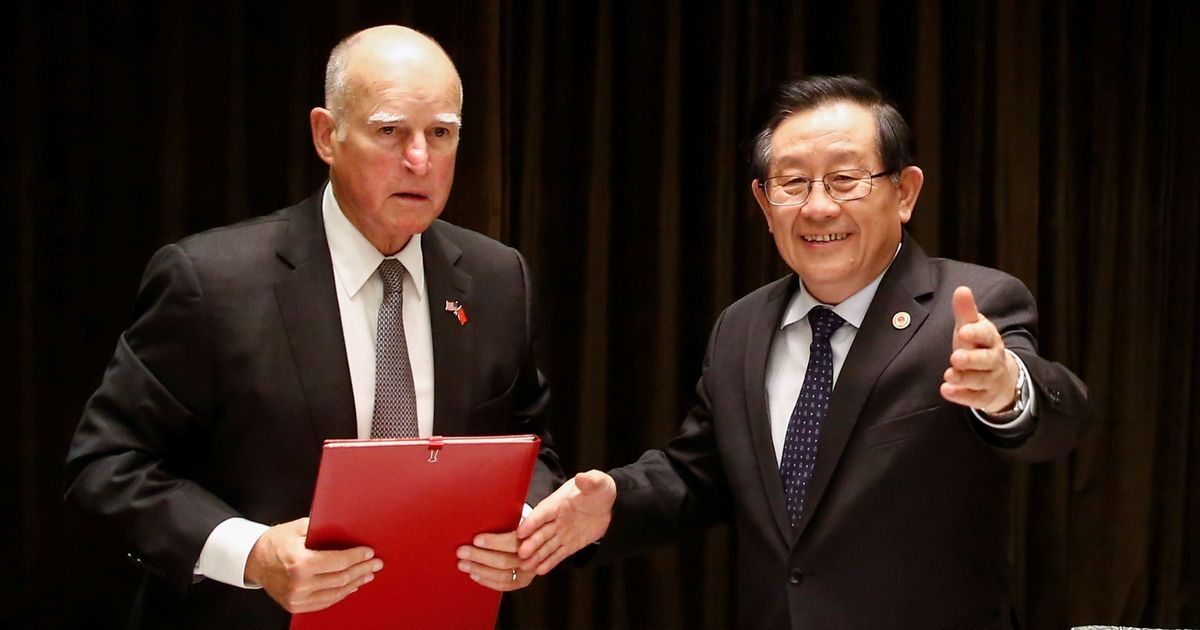 China, California sign climate deal after US backs out of Paris agreement