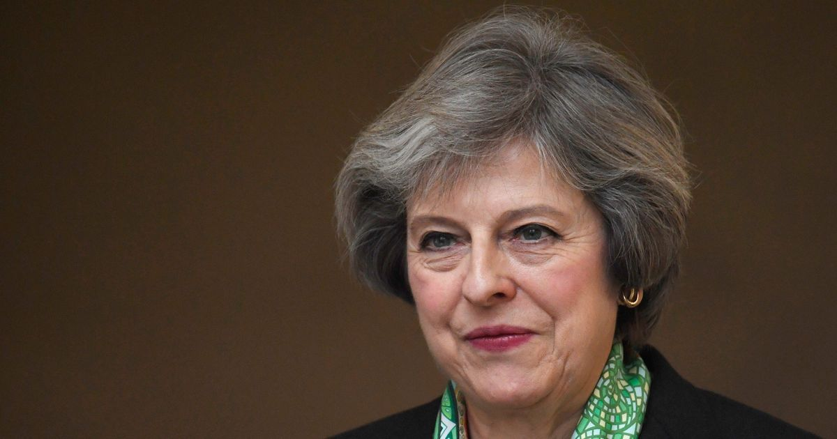 United Kingdom: Theresa May says she will form government with allies in Democratic Unionist Party
