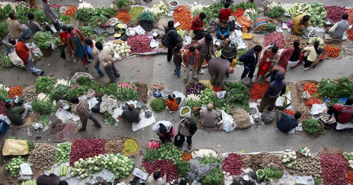 Wholesale inflation drops from 3.8% to 2.1% in May