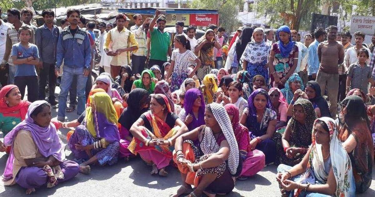 Rajasthan: Man killed after he objects to officials photographing women defecating in the open