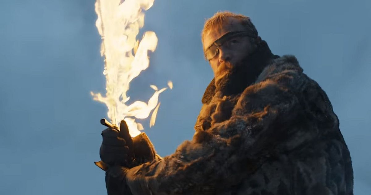 Latest 'Game of Thrones' trailer promises more war and more dragons