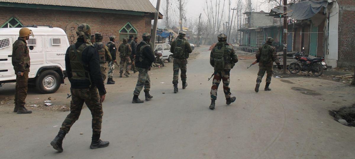 Jammu and Kashmir: Two Lashkar-e-Taiba militants and 2 civilians killed during encounter in Anantnag