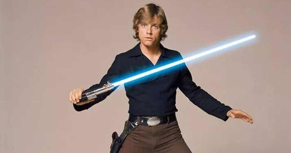 Lightsaber used in Star Wars: A New Hope and The Empire Strikes Back sells  for $4,50,000