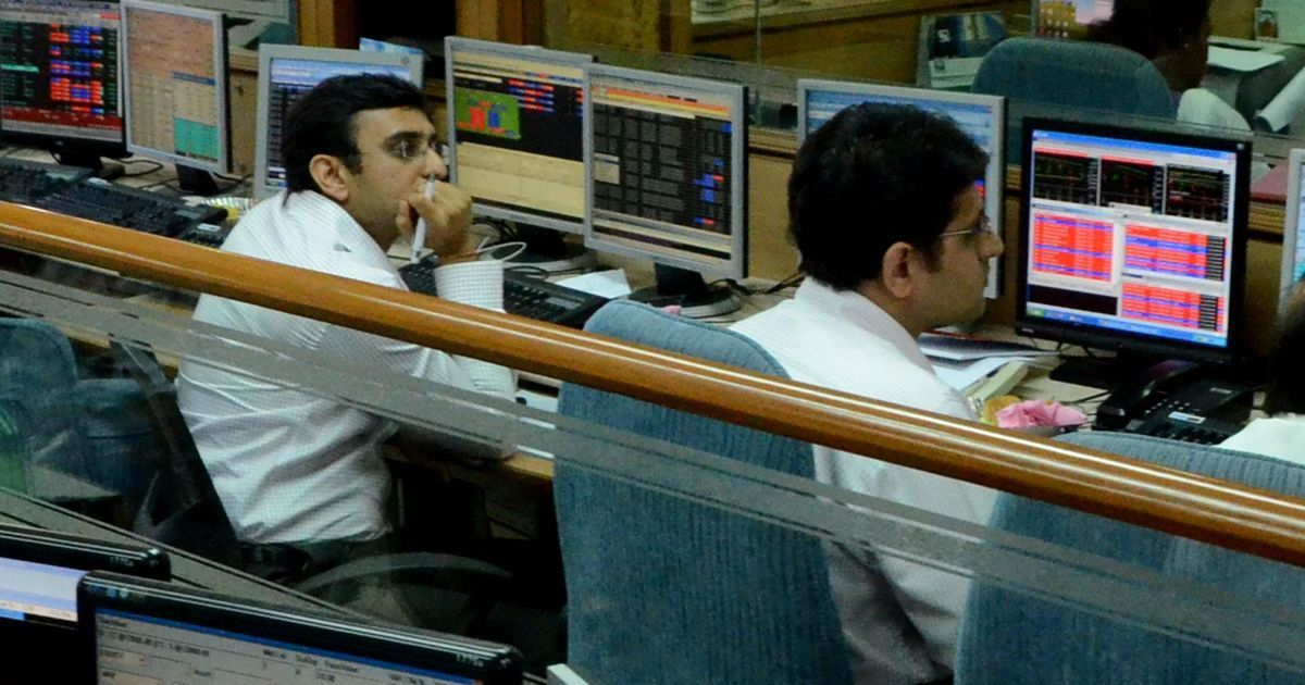 The business wrap: Sensex crosses 32,000, Nifty inches closer to 9,900, and seven other top stories