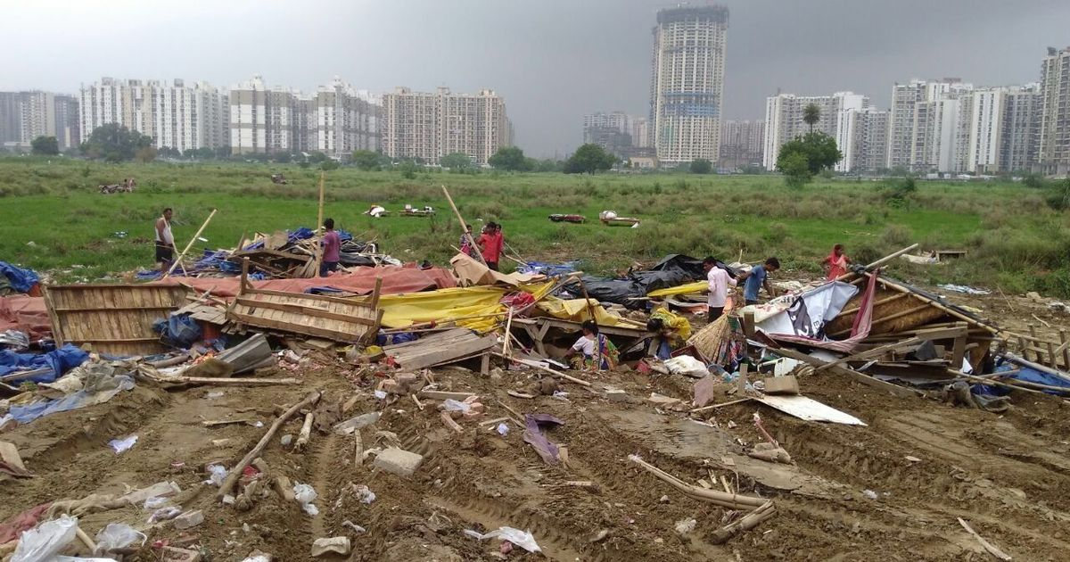 In the class conflict unfolding in Noida, union minister makes it clear he stands with flat owners