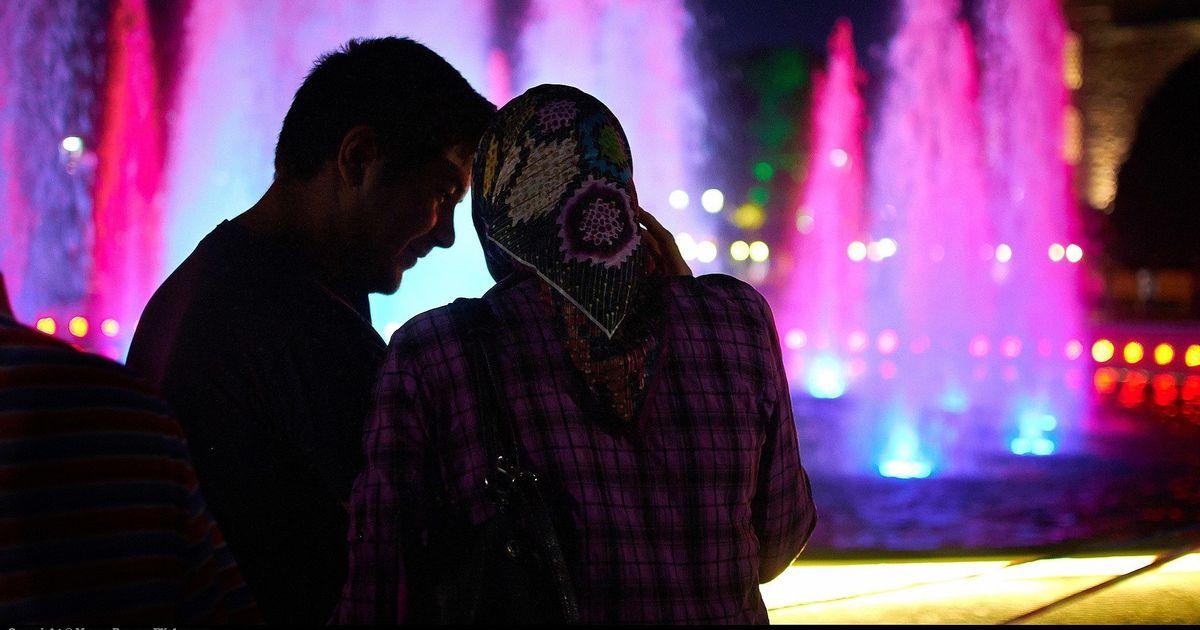 Rules muslim kissing Muslim Dating