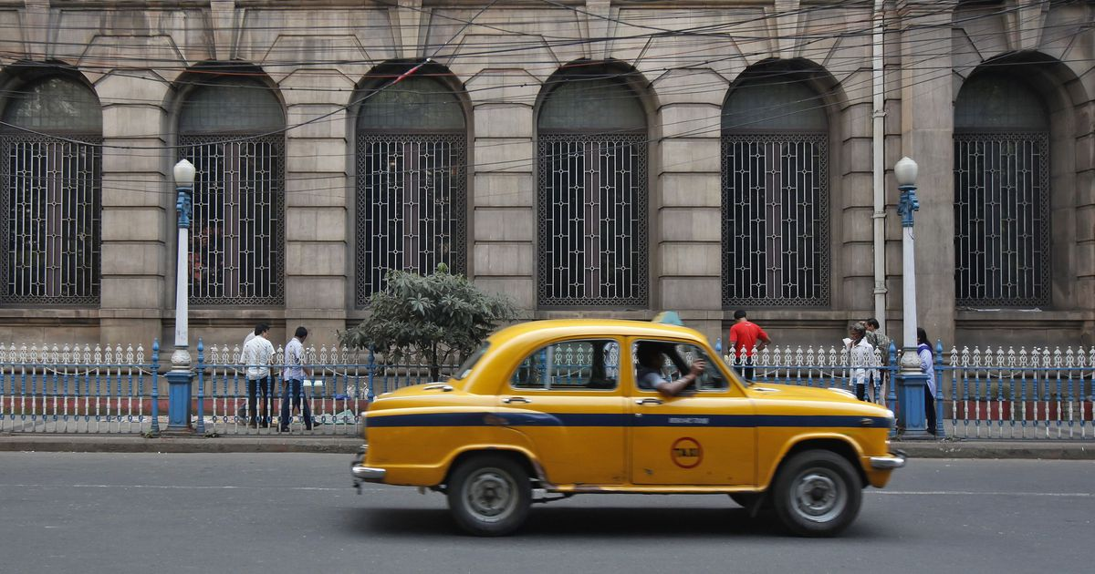 An Instagram project is preserving Kolkata's gorgeous buildings, before they vanish for good
