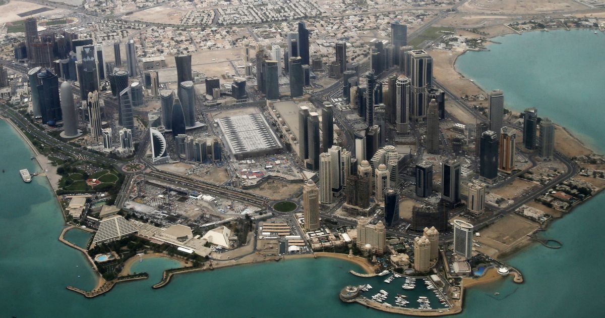 Four Arab countries say they are ready for talks with Qatar, but with conditions