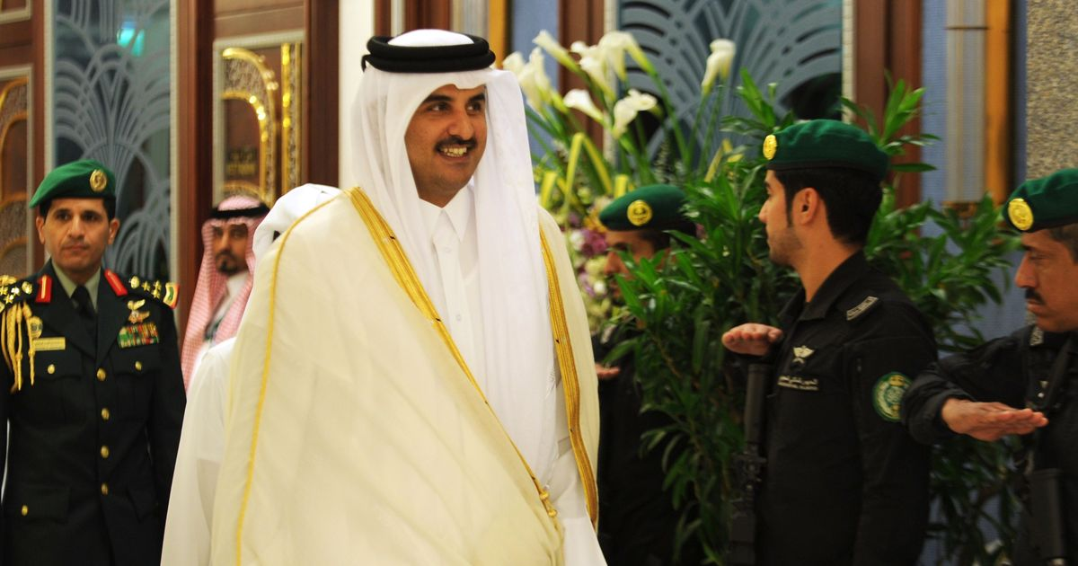 Qatar approves draft law granting permanent residency to some expatriates