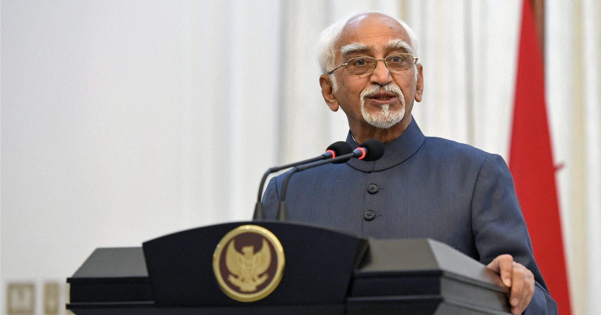Hyper-nationalism indicates insecurity, says Hamid Ansari in farewell speech