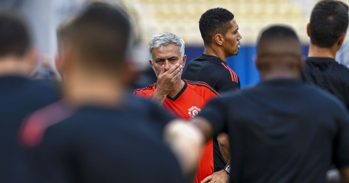 'We believe it is possible': Jose Mourinho thinks Manchester United can beat Real Madrid