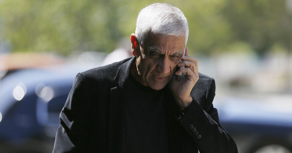 Indian-American billionaire Vinod Khosla forced to reopen public beach he had claimed was his