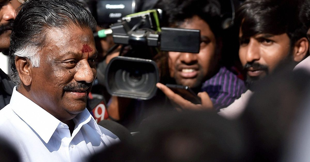 Tamil Nadu: O Panneerselvam takes oath as the deputy chief minister