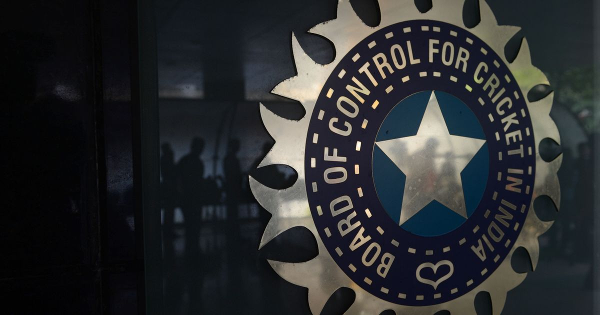 Supreme Court asks CoA to prepare draft of new BCCI constitution, pulls up senior board officials