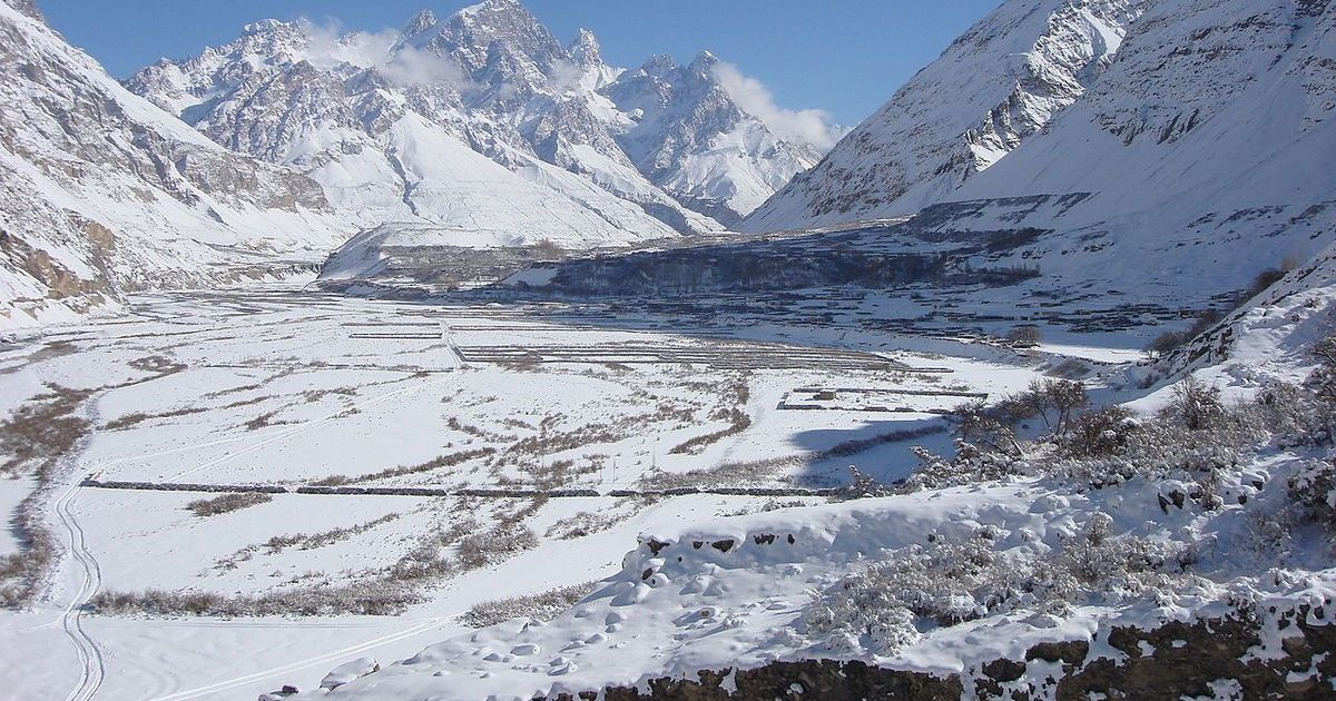 The collision of surging glaciers and rivers in Pakistan's Karakoram mountains is causing floods