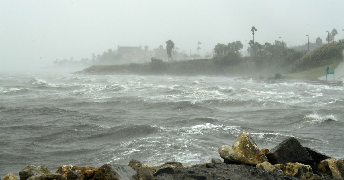 US: Hurricane Harvey makes landfall in Texas