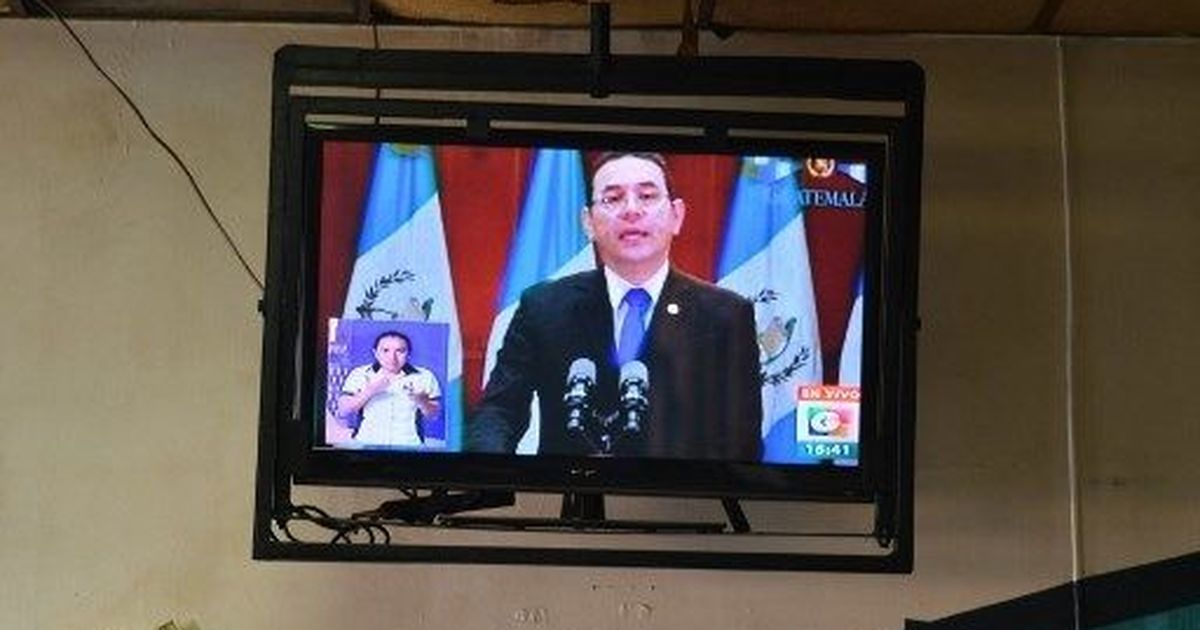 Political crisis in Guatemala as president expels UN-backed anti-corruption head, court blocks order