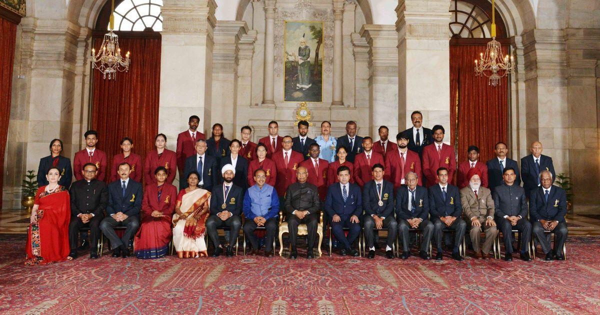 Devendra Jhajharia and Sardar Singh honoured with Khel Ratna Award
