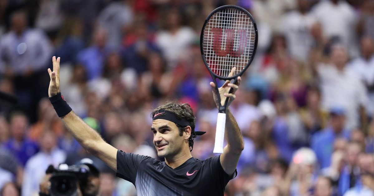 Roger Federer sees off Philipp Kohlschreiber to advance into the US Open quarters