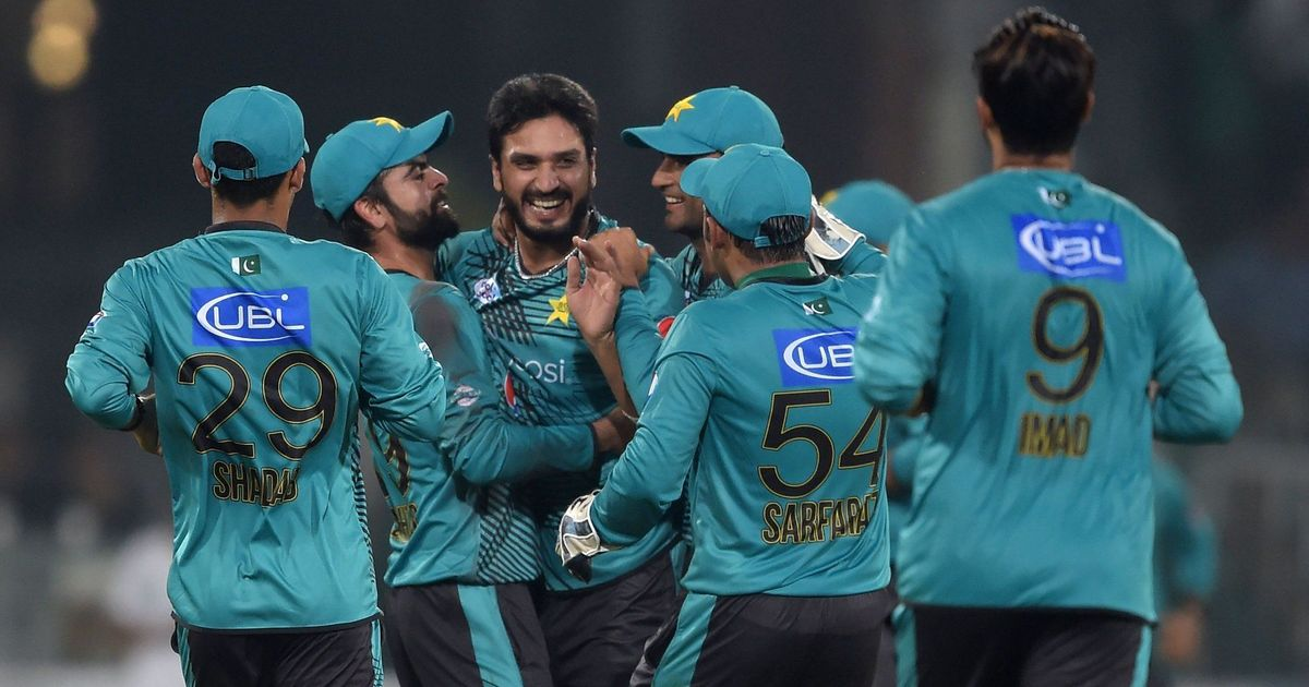 Pakistan celebrate return of international cricket with 20-run win over World XI
