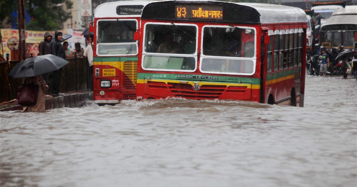 Mumbai's iconic buses are in dire straits. How can the BEST fix the problem?