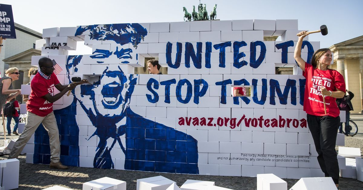 Work on models for Donald Trump's proposed US-Mexico border wall begins