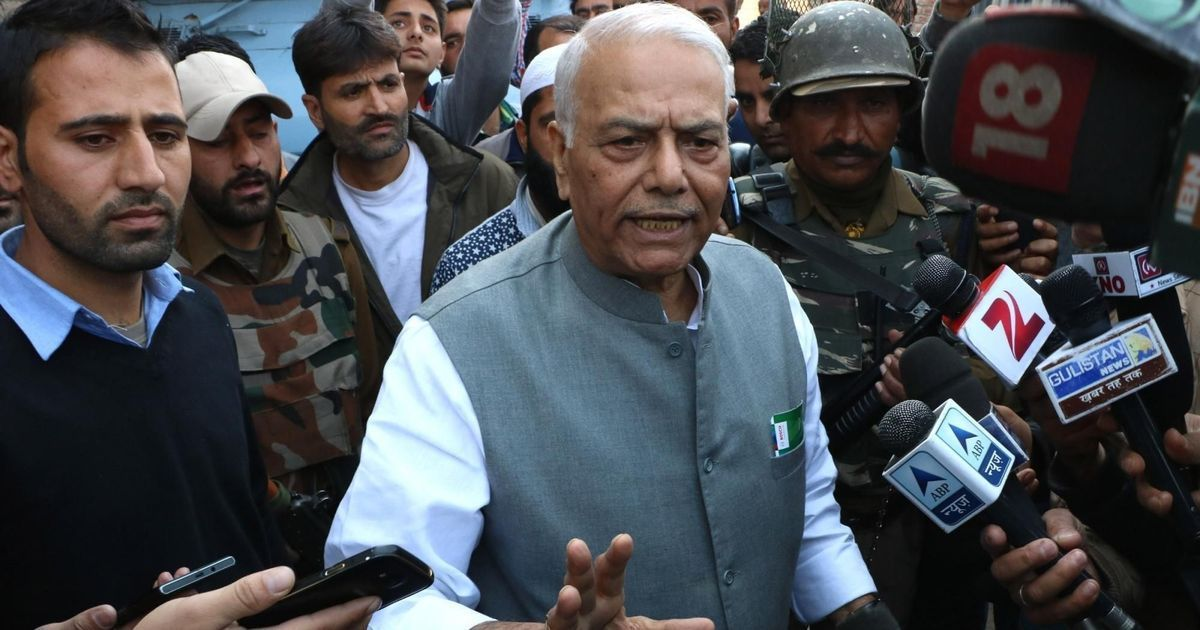 Readers' comments: 'Yashwant Sinha should have kept quiet or spoken to someone within his party'