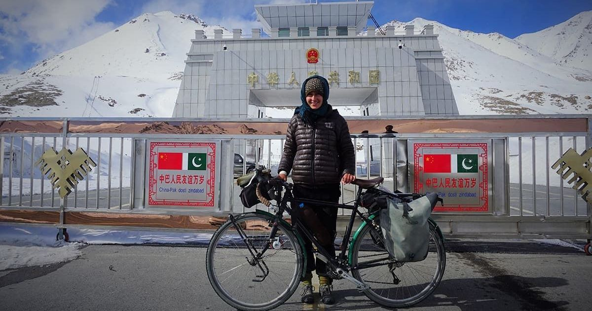A foreigner's journey moving along the borders of Pakistan