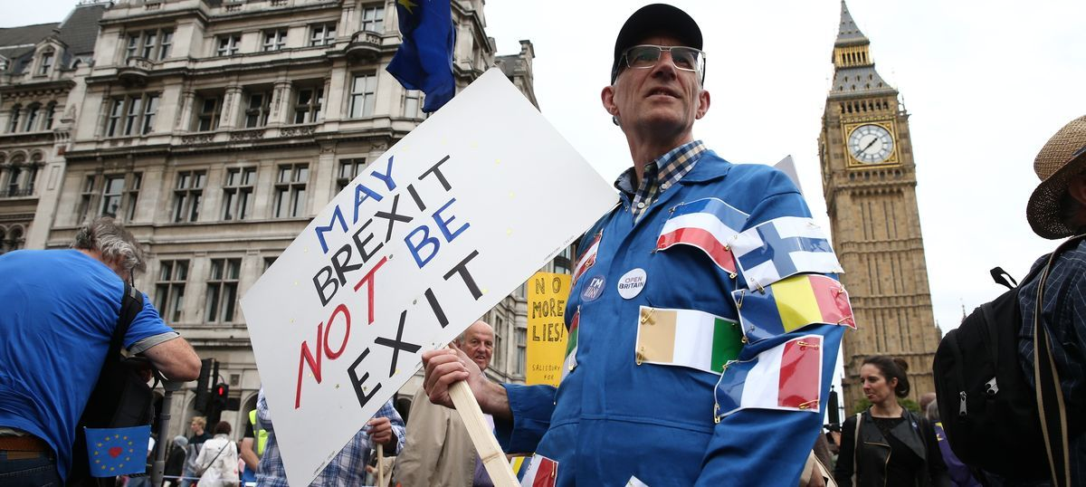 Brexit: European lawmakers vote against moving to second phase of negotiations