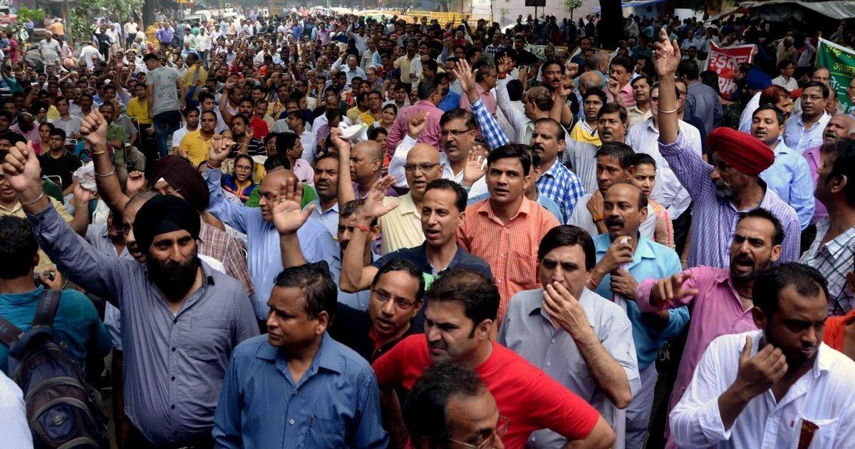 Delhi: Stop all protests at Jantar Mantar, National Green Tribunal tells government